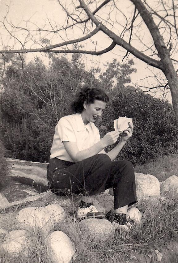 Nana reading letter from dad at gordon rachh